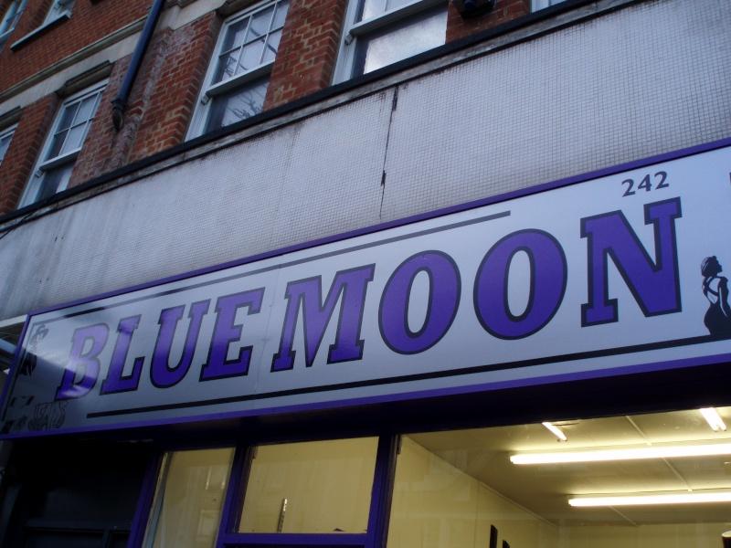 Présentation - T8 - Lune Bleue Pb070010
