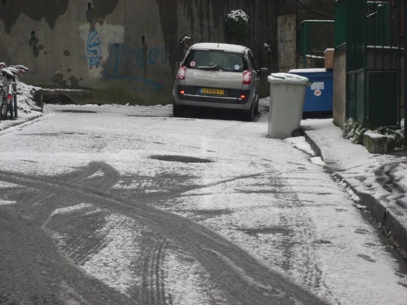 Dossier sur l'épisode neigeux du 26/12/08 à Toulouse Cimg0014