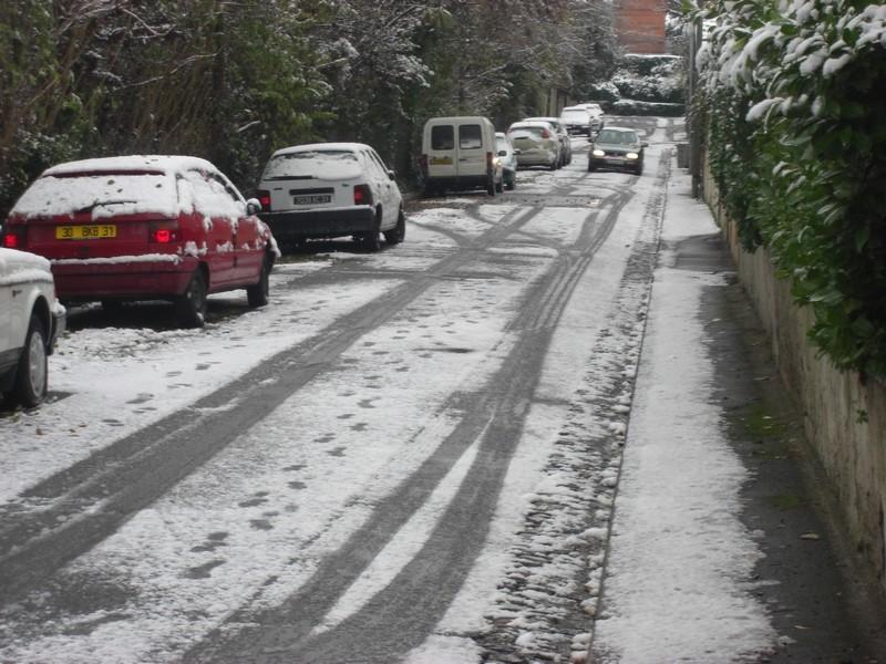Dossier sur l'épisode neigeux du 26/12/08 à Toulouse Cimg0018