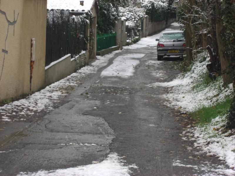 Dossier sur l'épisode neigeux du 26/12/08 à Toulouse Cimg0020