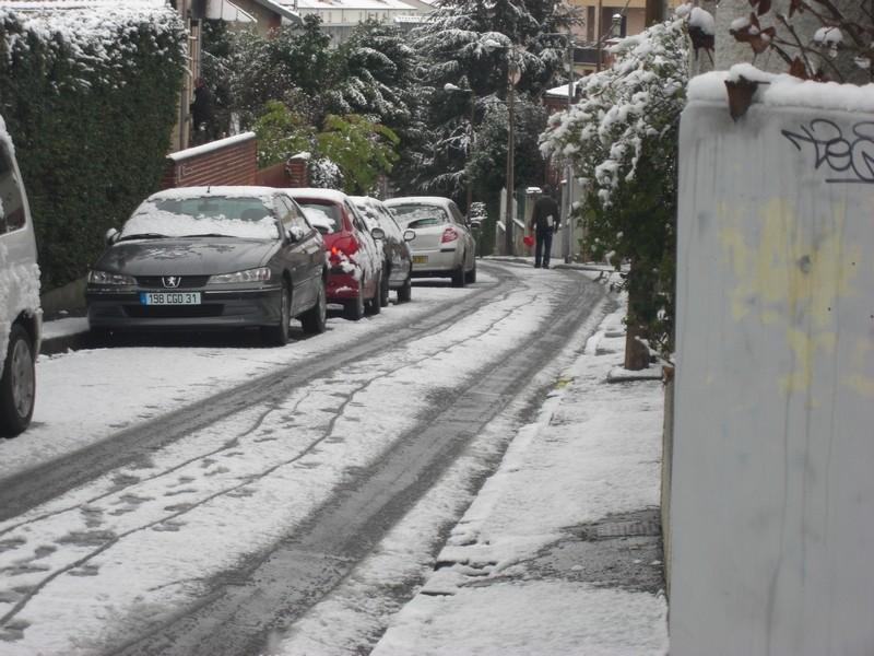Dossier sur l'épisode neigeux du 26/12/08 à Toulouse Cimg0021
