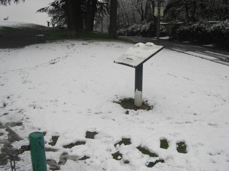 Dossier sur l'épisode neigeux du 26/12/08 à Toulouse Cimg0034
