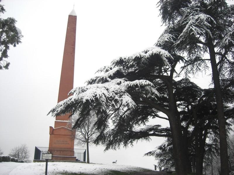 Dossier sur l'épisode neigeux du 26/12/08 à Toulouse Cimg0038