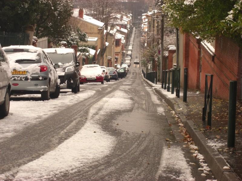 Dossier sur l'épisode neigeux du 26/12/08 à Toulouse Cimg0045