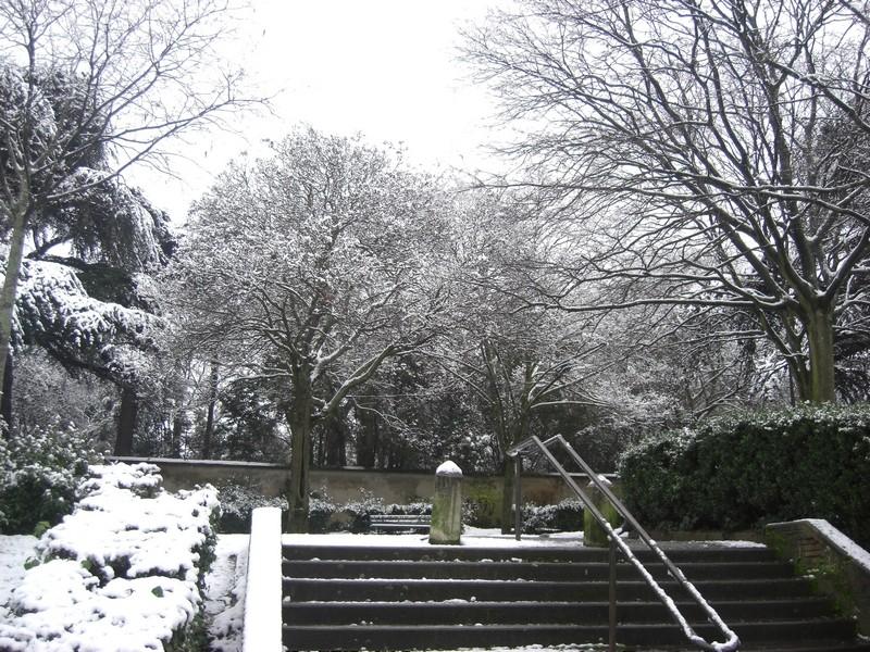 Dossier sur l'épisode neigeux du 26/12/08 à Toulouse Cimg0048