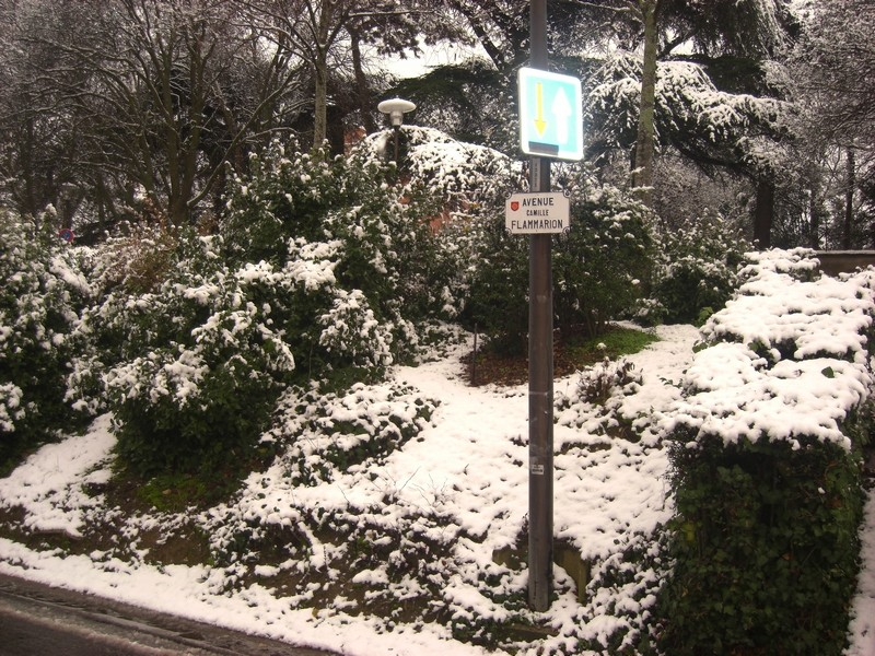 Dossier sur l'épisode neigeux du 26/12/08 à Toulouse Cimg0049