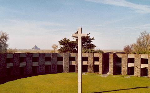 L'Ossuaire de Huisnes-sur-mer Ossuai10