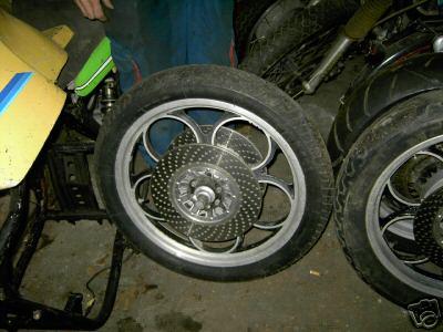P'tit nouveau cherche l' origine de son chassis suz' GT Roca_s10