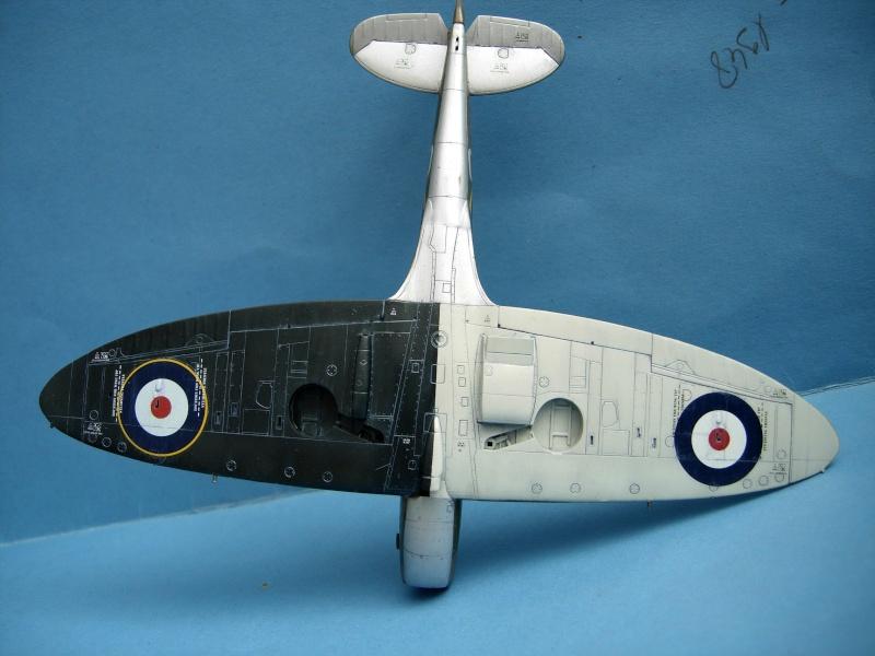 [Academy] Hawker Hurricane MK.IIc Dscn2716