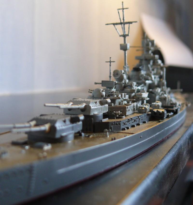 tirpitz - DKM Tirpitz 1944 par Yuth au 1/700 - trumpeter Tirpit14