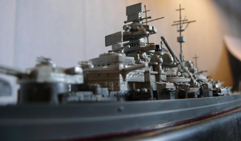tirpitz - DKM Tirpitz 1944 par Yuth au 1/700 - trumpeter Tirpit16