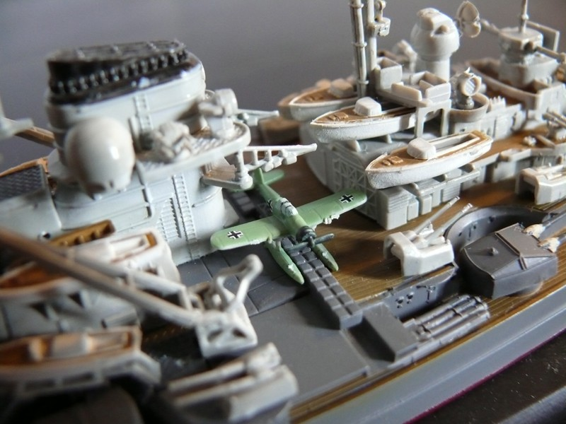 DKM Tirpitz 1944 par Yuth au 1/700 - trumpeter Tirpit18