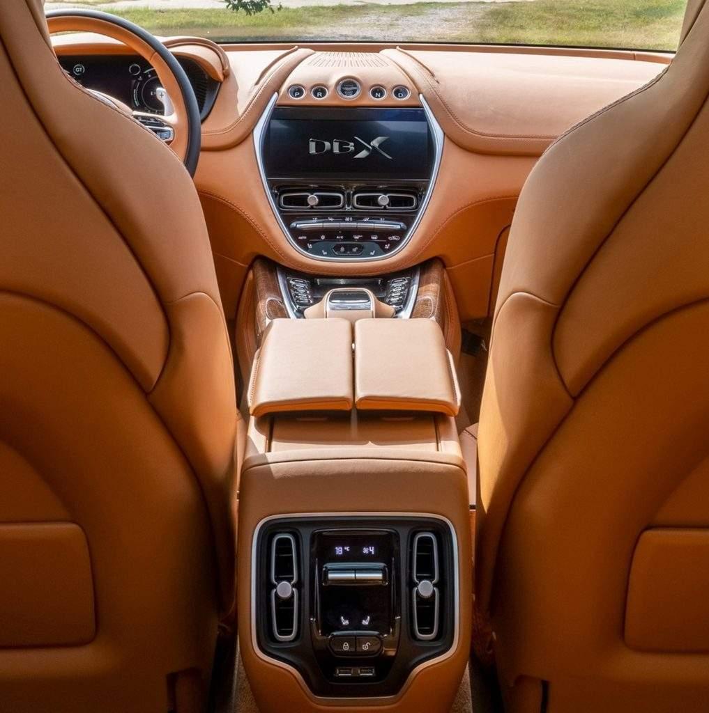 2019 - [Aston Martin] DBX - Page 5 2020-a11