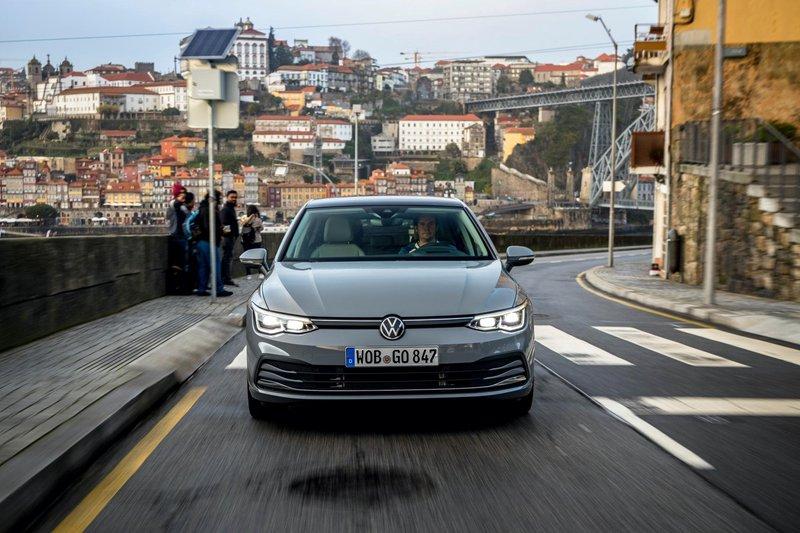 2020 - [Volkswagen] Golf VIII - Page 7 2020-v10