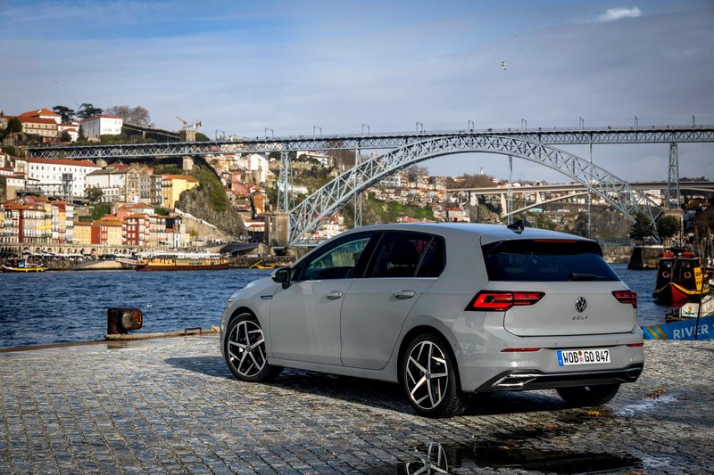 2020 - [Volkswagen] Golf VIII - Page 7 2020-v11