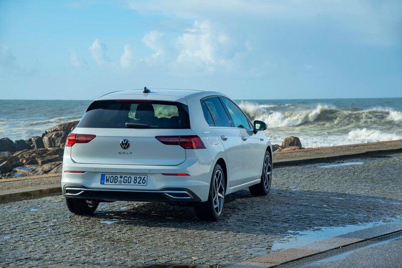 2020 - [Volkswagen] Golf VIII - Page 7 2020-v18