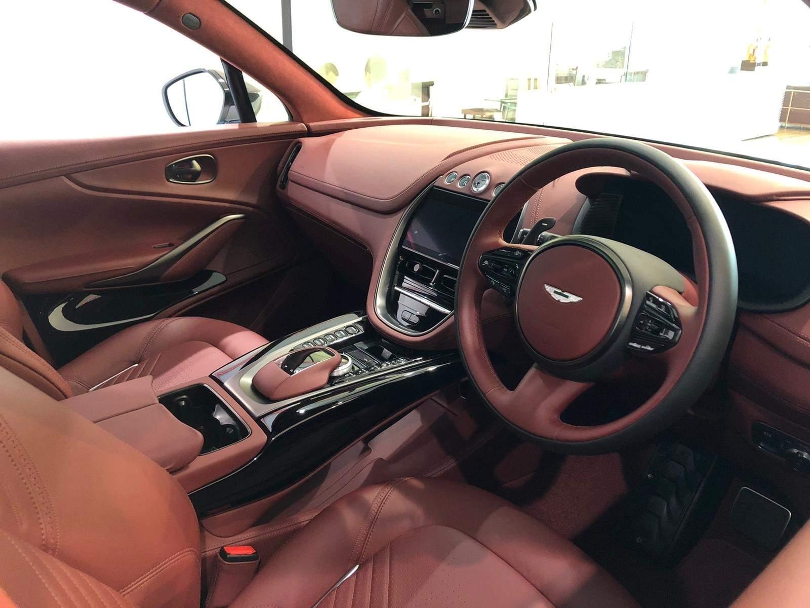 2019 - [Aston Martin] DBX - Page 7 5f0f5010