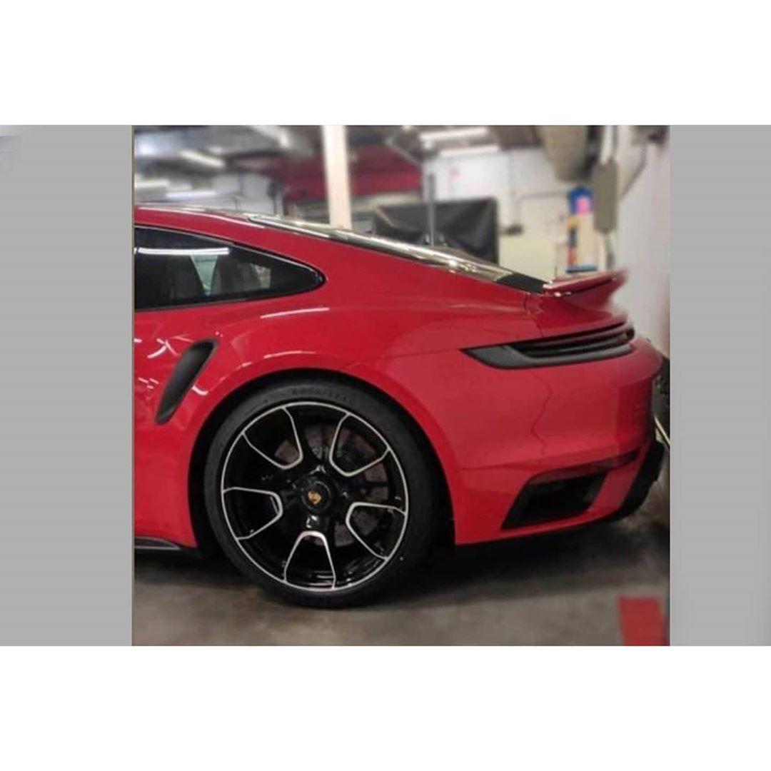 2018 - [Porsche] 911 - Page 17 84598210