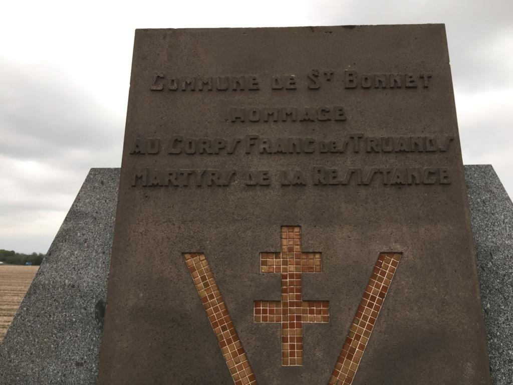 La tuerie du Creux du Rocher - ST BONNET PRES RIOM - 63 Img_7414