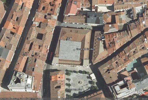 Casa del Cordon, Burgos, Castilla y Leon, Espagne - Page 5 Casaco10