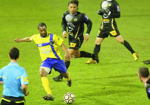 Vers une fusion avec Toulon Le Las? Footba10
