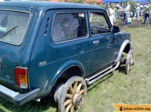 vieille photos  de voitures de tous genre . 00112910