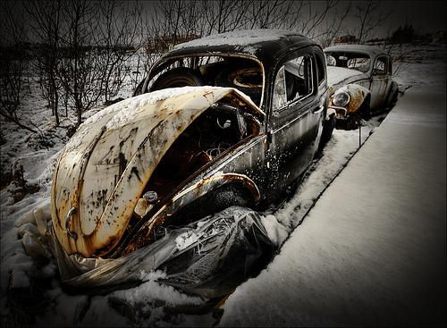 photos de voitures et camions accidentés 42841410