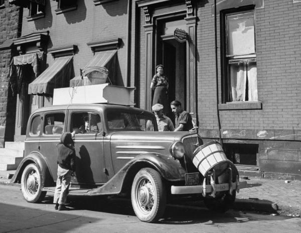 vieille photos  de voitures de tous genre . A7bjri10