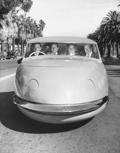 vieille photos  de voitures de tous genre . Atinhn10