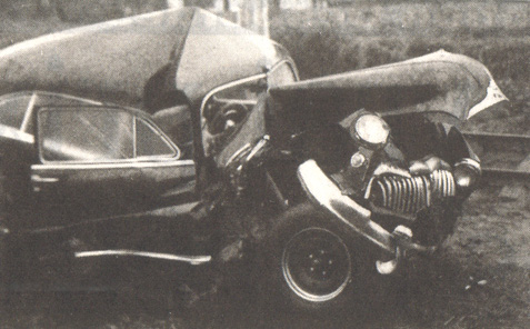 photos de voitures et camions accidentés Automo10