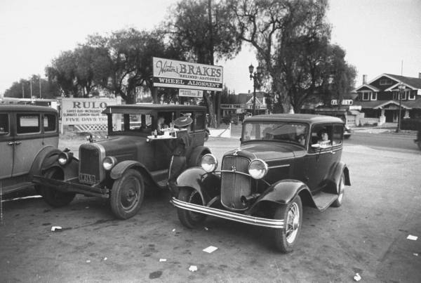 vieille photos  de voitures de tous genre . C10