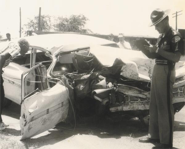 photos de voitures et camions accidentés George10