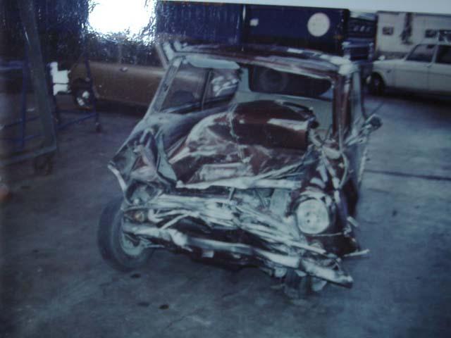 photos de voitures et camions accidentés Slynhi10