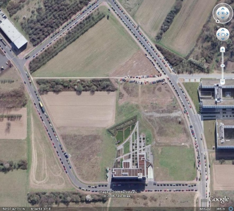 et les parkings alors ? IBM, Francfort, Allemagne, Europe Ibm211