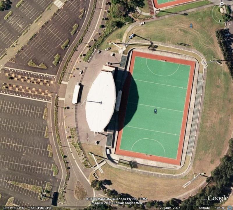 Les objets familiers vus sur Google Earth : écrous - tapis - planche... & caetera - Page 4 Parabo10
