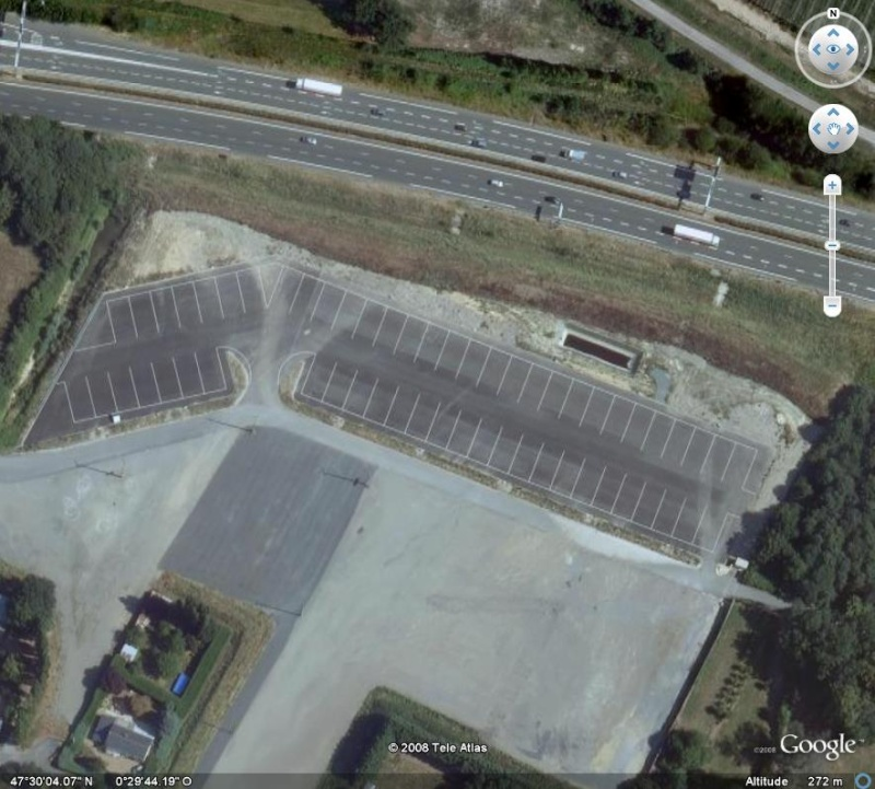 Un parking ?? Pour quoi ? Angers, France, Europe Parkin10