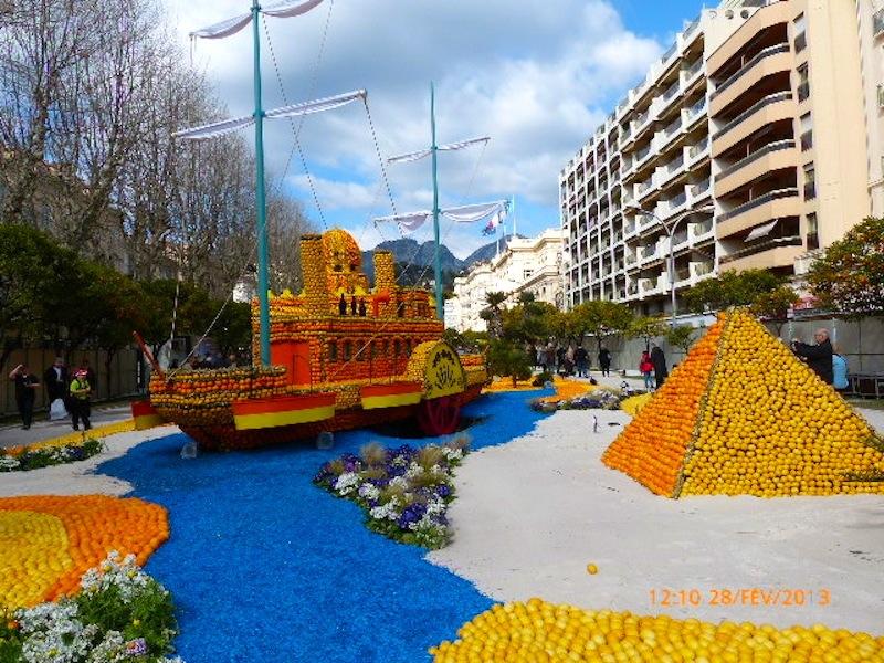 FETE DES CITRONS A MENTON FEVRIER 2012 P1010149