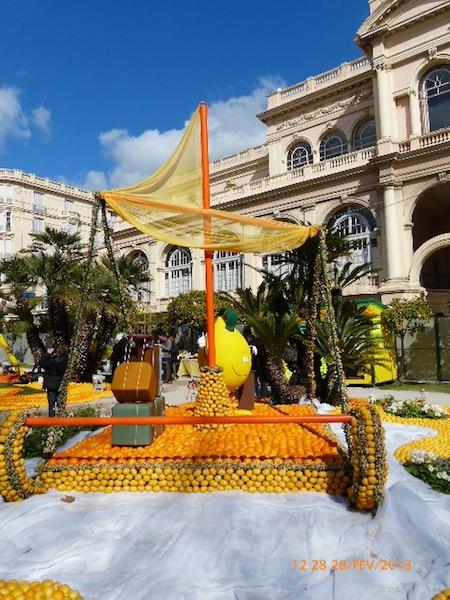 FETE DES CITRONS A MENTON FEVRIER 2012 P1010235