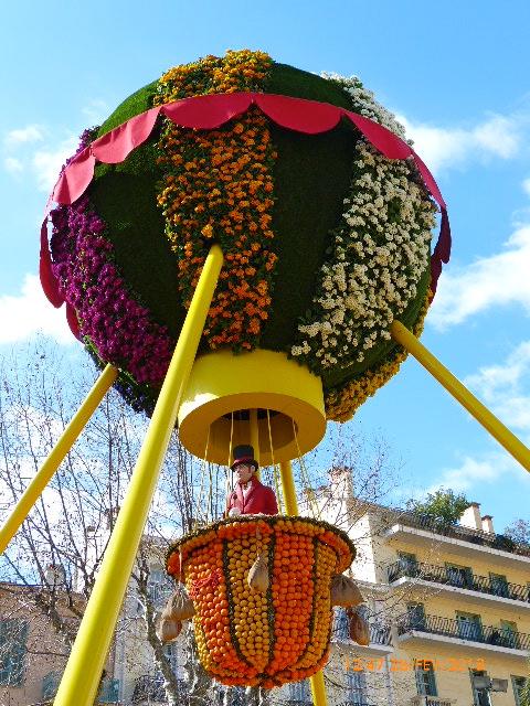 FETE DES CITRONS A MENTON FEVRIER 2012 P1010238