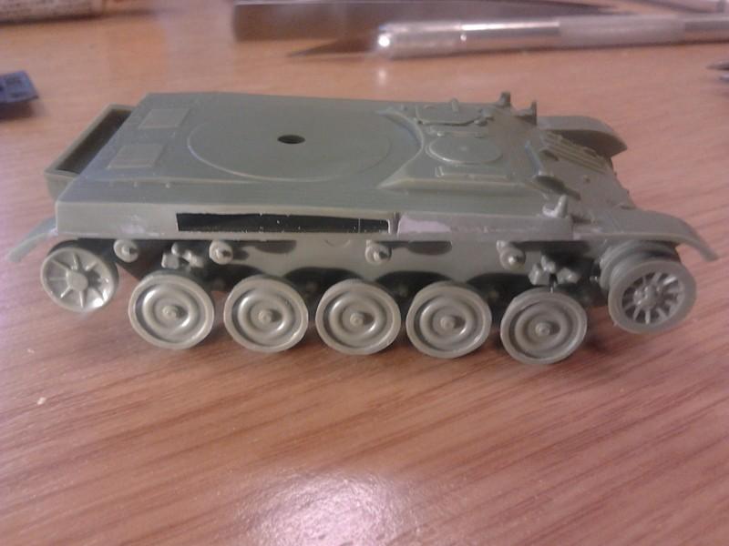 AMX-13 105 [HELLER] 1/72. MAJ 09/05 2013-011