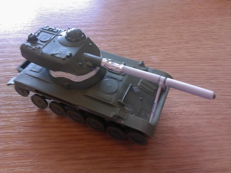 AMX-13 105 [HELLER] 1/72. MAJ 09/05 - Page 2 2013-023