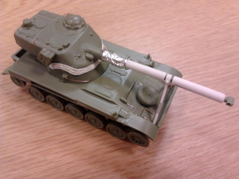 AMX-13 105 [HELLER] 1/72. MAJ 09/05 - Page 2 2013-027