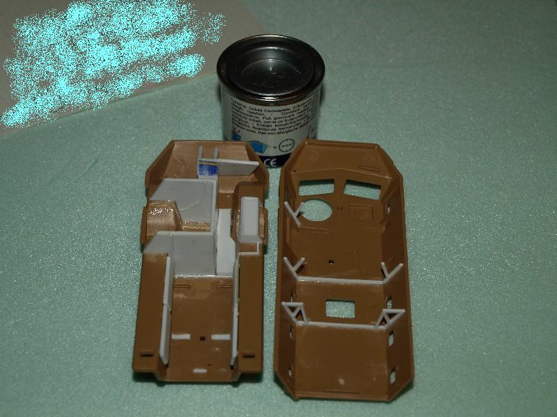 VAB 4x4  [HELLER 1/72]  ---  Montage terminé P1012713