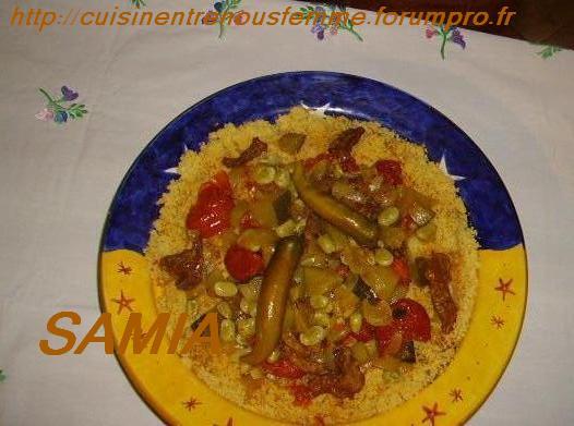 Baddaz ou Abaddaz  b' lgaddid/ Ksskssou ou Couscous marocain de maïs et L'gadid Imgp1310