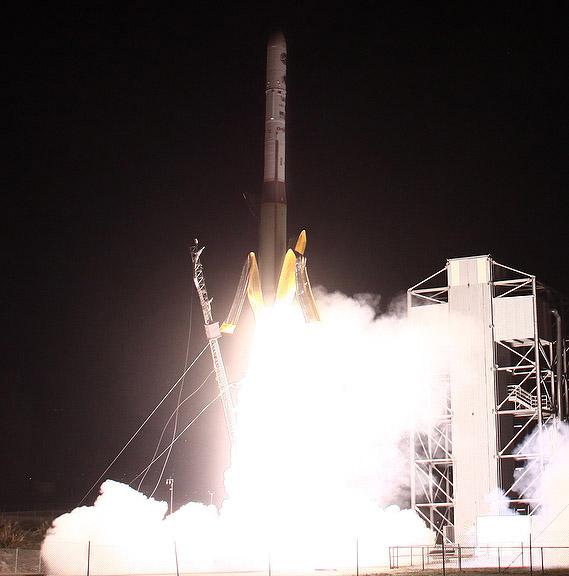 lancement Minotaur 1 NROL-66 le 05 février 2011 0910