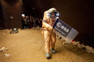 Nouvelle simulation Mars 500 (520 jours a/c de juin 2010) - Page 5 Img_1210