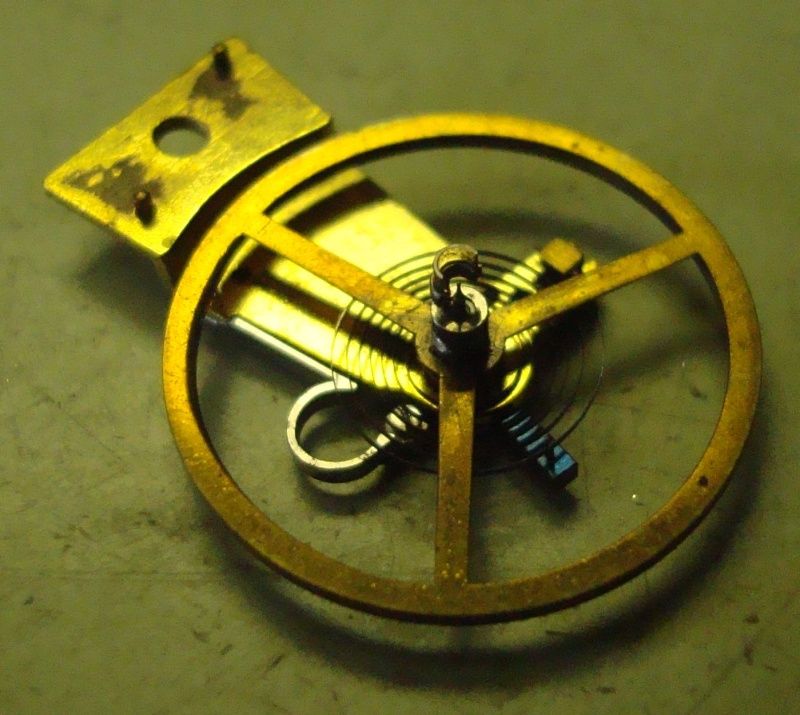 Guide richement illustré : les montres de poche courantes Cylind10
