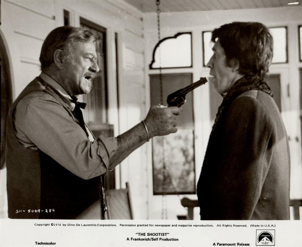 Le dernier des géants - The Shootist - 1977 A_duke42