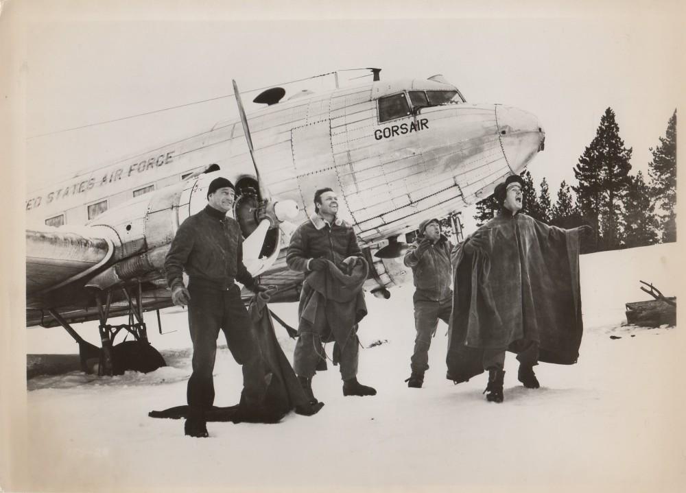 Aventure dans le grand Nord - Island in the Sky - 1953 A_duke69