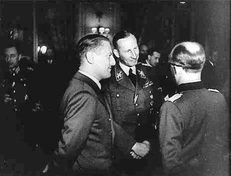 "Heydrich et la ""Solution Finale"" - Part I - Page 2 Vichy010"